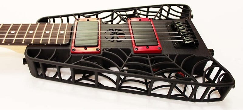 article_1_picture_5_3d-printed-spider-guitar